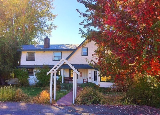 Mistletoe Manor; Your home while visiting our beautiful Lake Almanor area., holiday rental in Plumas County