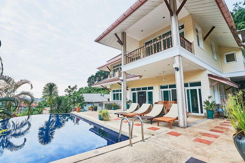 POOL VILLA, holiday rental in Kamala