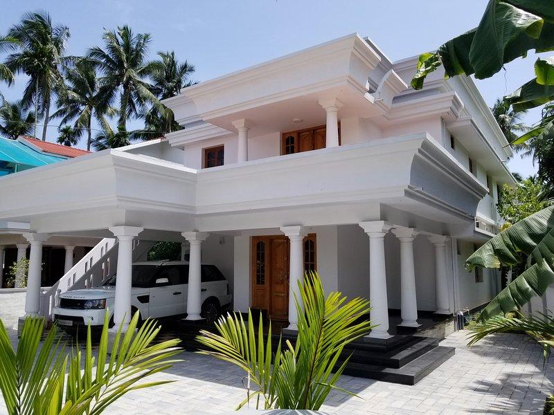 Dvaraka : Luxury Villas of Guruvayur, holiday rental in Thrissur District