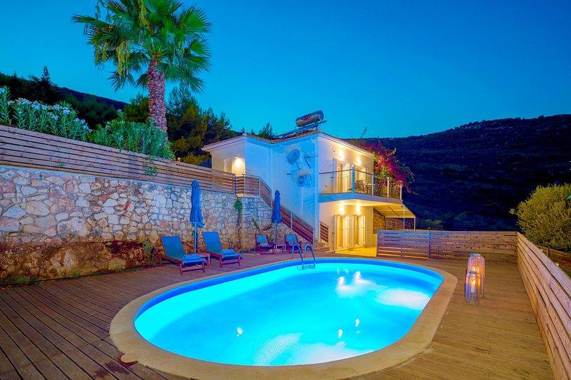 Villa Keri Dream with private pool, aluguéis de temporada em Keri Village