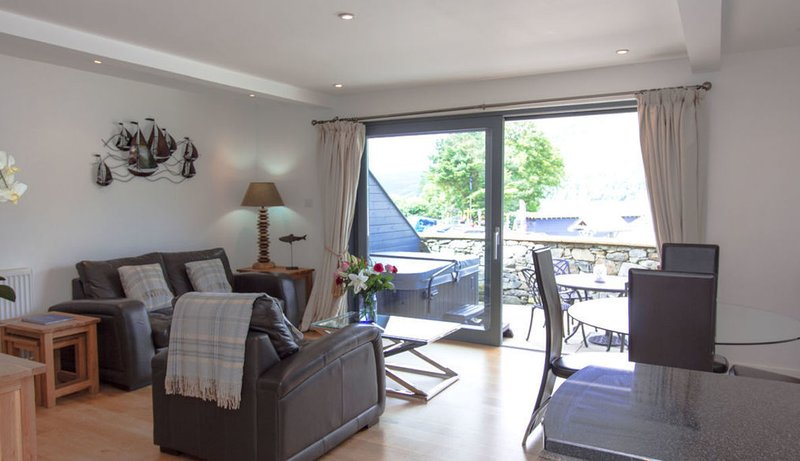 Taymouth Marina  - Ben More, holiday rental in Fearnan