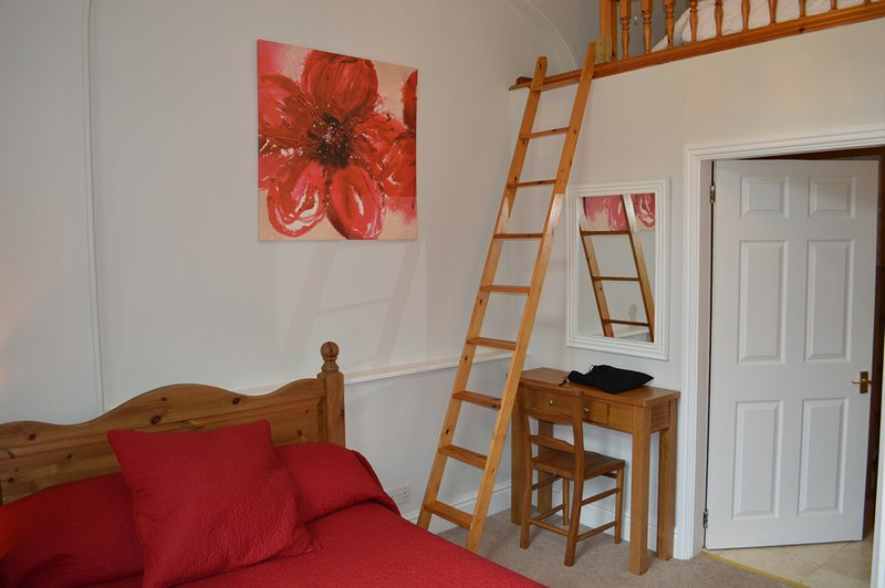 Hargate Hall - Welbeck, holiday rental in Peak Forest
