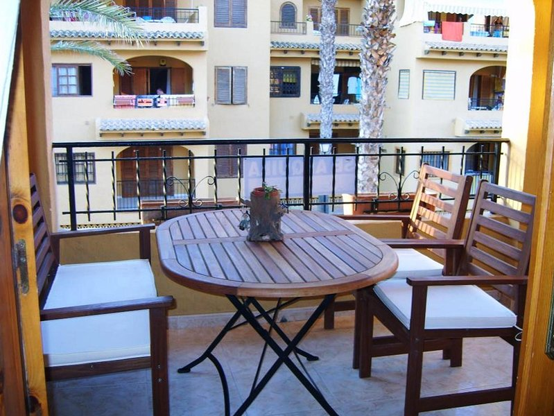Nice apartment with shared pool, holiday rental in La Mata