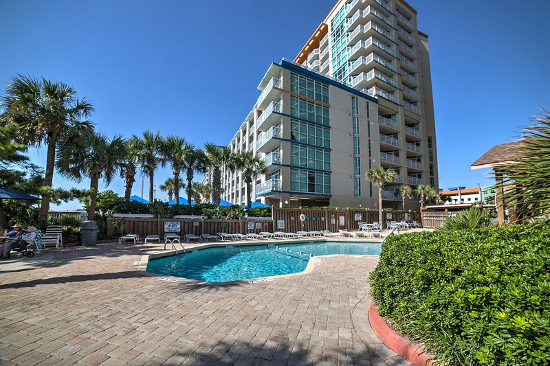 It's a part of the Beach Colony Resort boasting 7 water features.