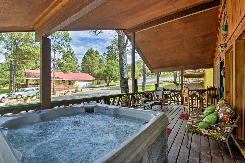 Your nature retreat awaits at this vacation rental cabin!