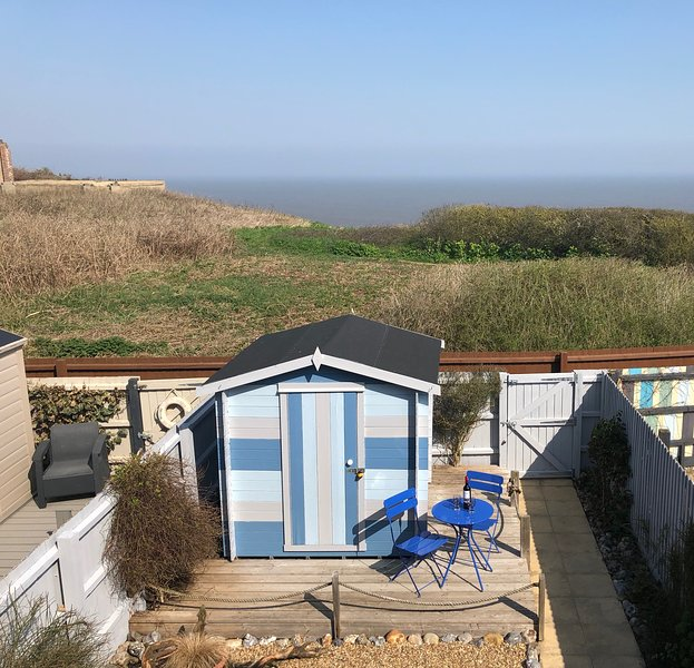 The Lookout is a beautiful modern upside down house with fantastic sea views, holiday rental in Mundesley