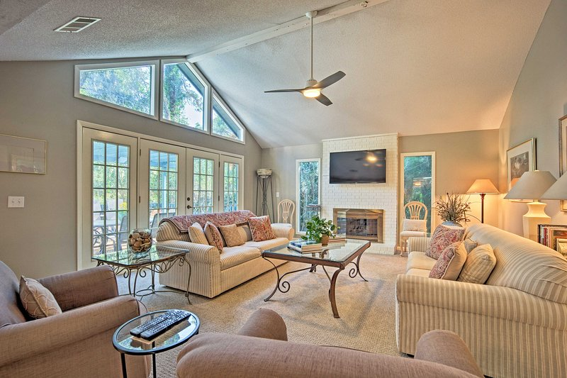 Get ready for a memorable stay at this charming Hilton Head home.
