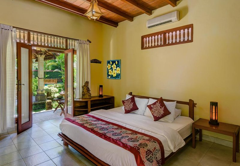 06 Bedroom Villa with Garden View, holiday rental in Lodtunduh