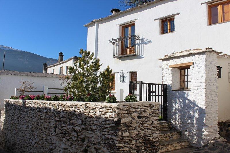 Casa Las Alacenas, Bubión (La Alpujarra), holiday rental in Capileira