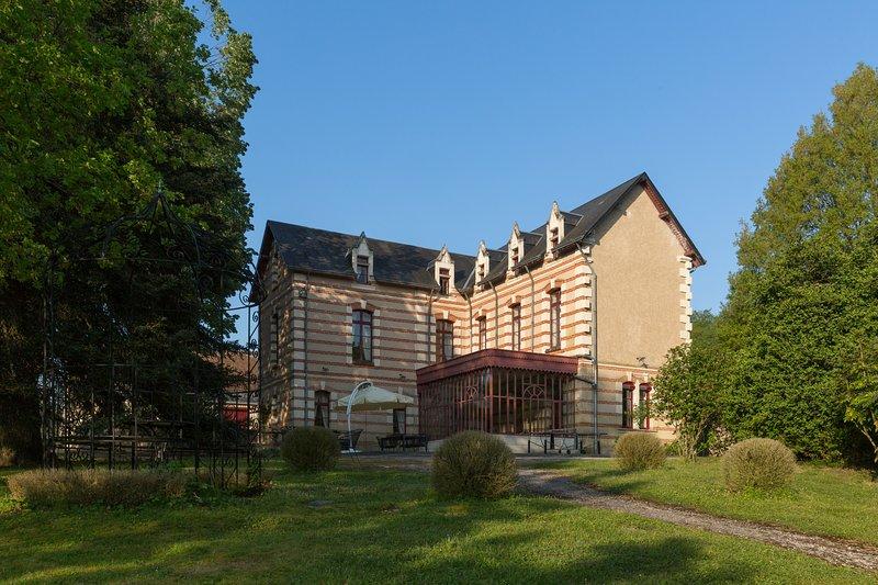 Villa de Brou, vacation rental in Saint-Epain