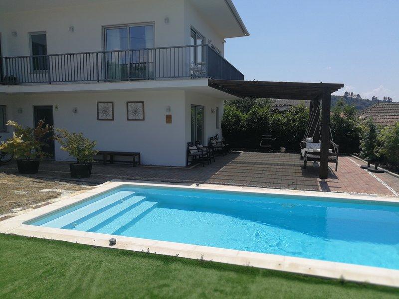 Guribanes- Casa de Campo, location de vacances à Braganca District