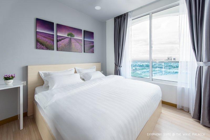 Habitación Master - Cama King Size (Vista a la piscina / Vista al mar y a la ciudad)