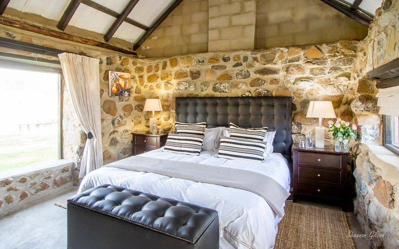 Bull Stables Room 7, alquiler de vacaciones en Swartberg