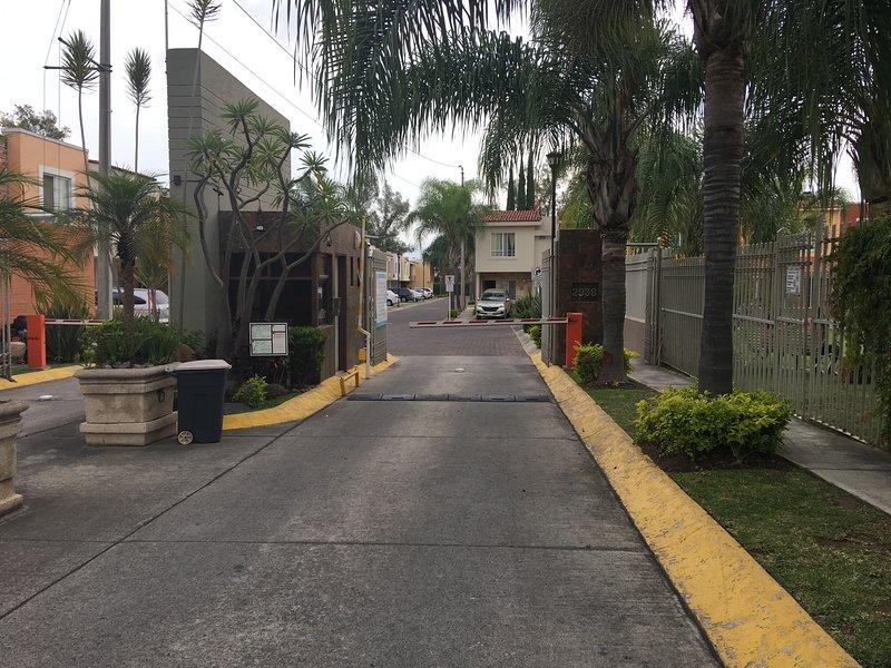 Casa ITESO, casa vacanza a Acatlan de Juarez