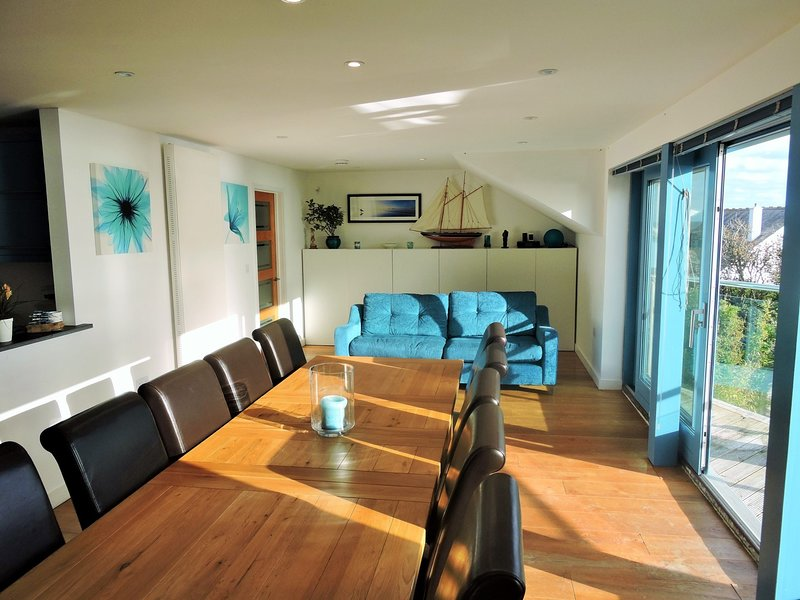 Open plan living,perfect for a family or group gathering