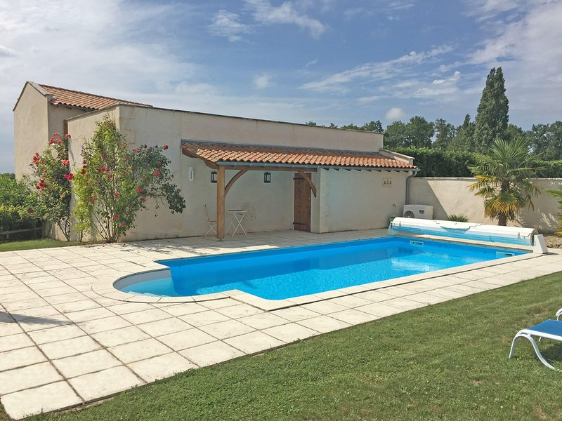 Pressoir de Pierre, holiday rental in Charente