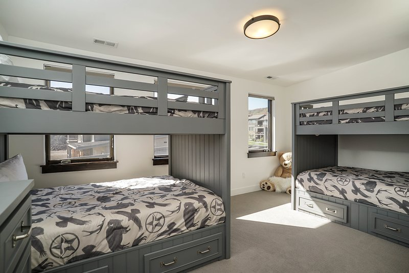 Snowbasin accommodation chalets for rent in Snowbasin apartments to rent in Snowbasin holiday homes to rent in Snowbasin