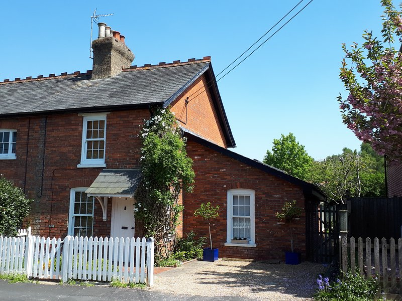 A warm welcome awaits you at Willow Wood cottage