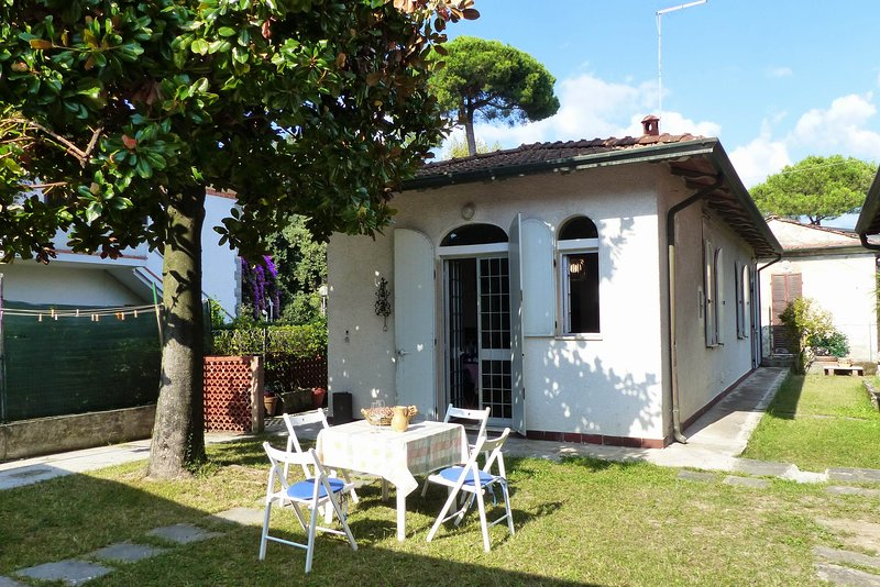 Lalla's House, holiday rental in Avenza