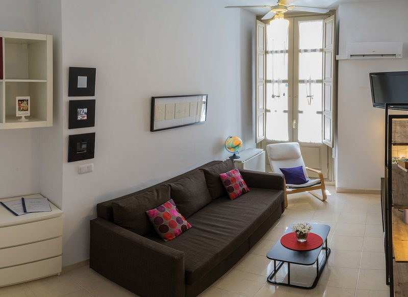 Cozy Apartment-Historic Center, vacation rental in Malaga