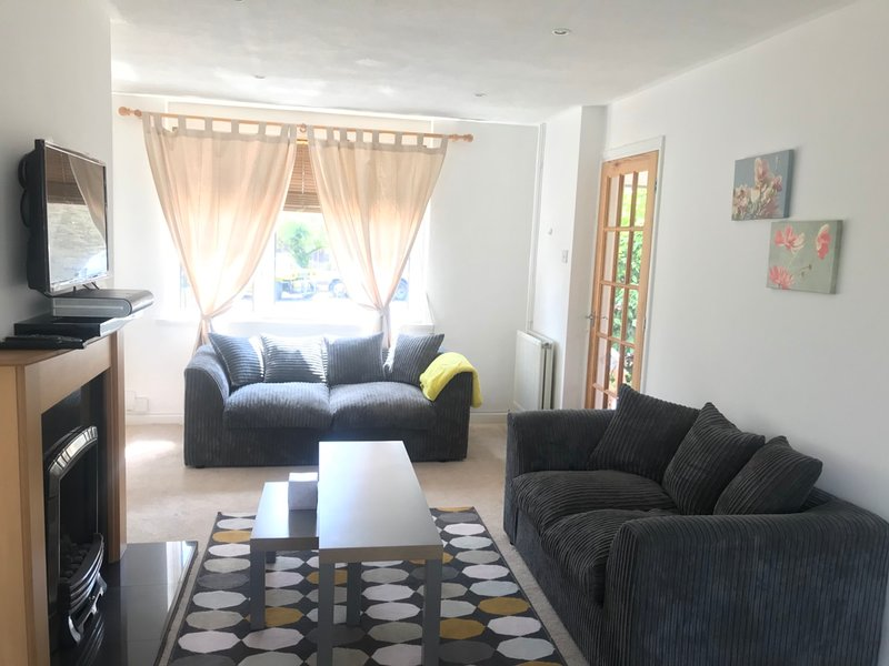 Maidstone Family Home Beautiful Spacious and Peaceful., holiday rental in Halling