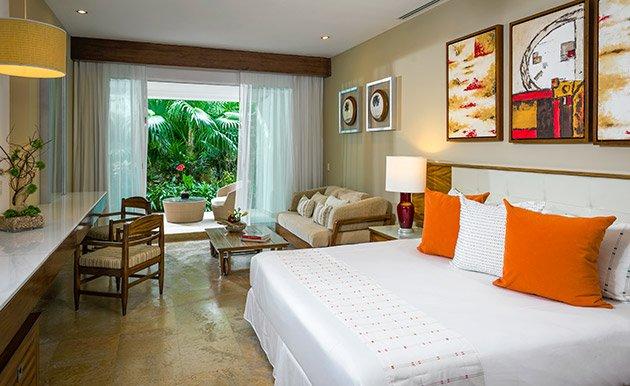 The Grand Bliss-Master Room Suite, holiday rental in El Hijo Prodigo