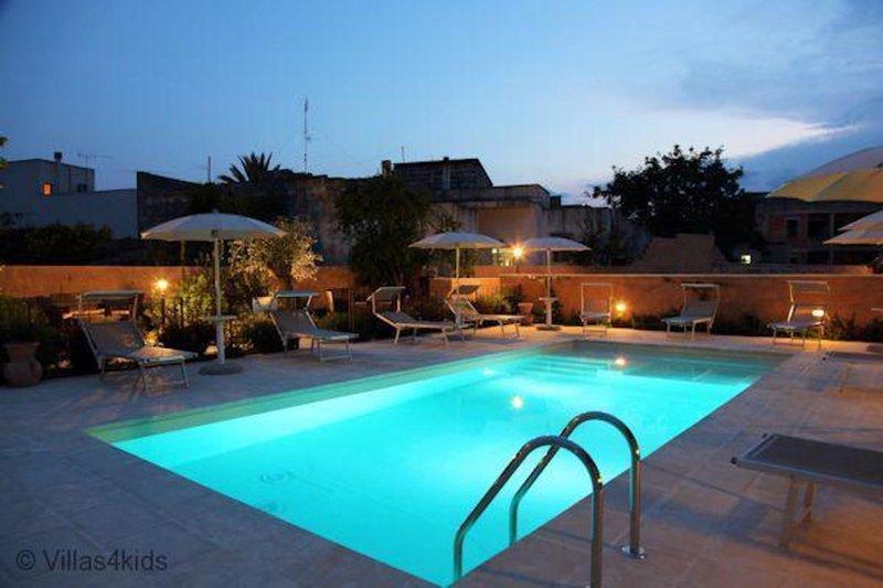 The Courtyard - Elsa, vacation rental in Nociglia