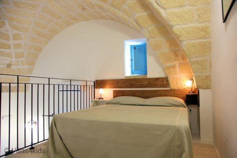 The Courtyard - Luca, vacation rental in Nociglia