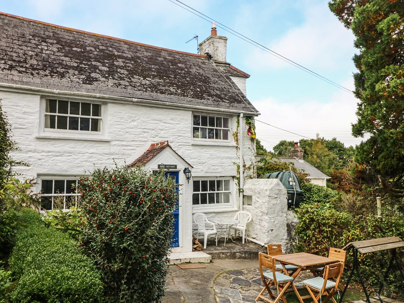 Blue Cottage, Truro, holiday rental in Feock