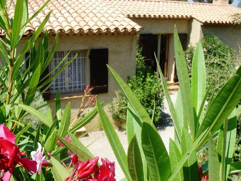 Beautiful house with shared pool, location de vacances à Sainte-Maxime