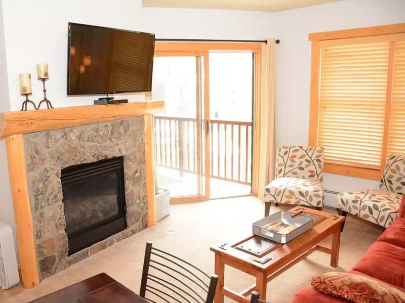 Updated Copper Springs Wohnung mit Blick auf Skipisten. Willkommen bei Ihrem Aufenthalt im Copper Mountain!