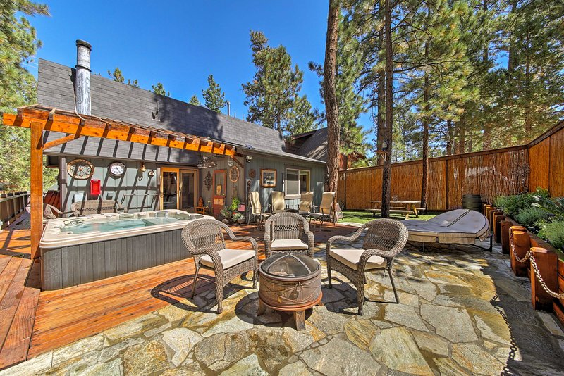 Enjoy Big Bear City from this lavish vacation rental home for 8.