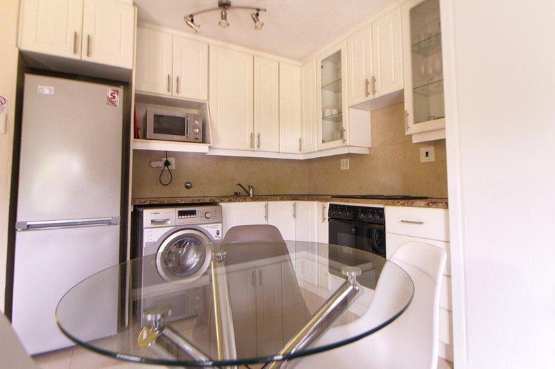 San Lameer Villa Two Bedroom, holiday rental in Trafalgar