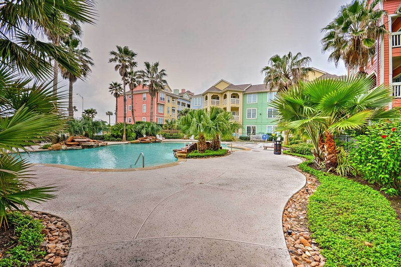 Escape to Galveston at this oceanfront 2-bed, 2-bath vacation rental condo!