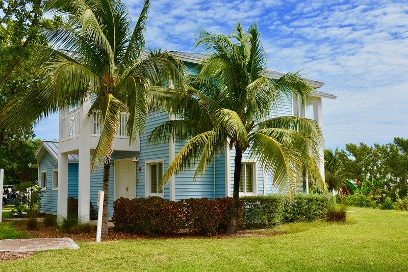 Luxurious 3 Bedroom House, alquiler de vacaciones en Bimini