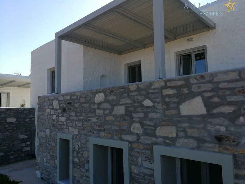 Antiparos Holiday Home for 5 persons, location de vacances à Antiparos Town