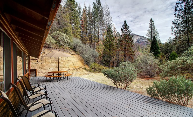 Wawona Dome, view from deck