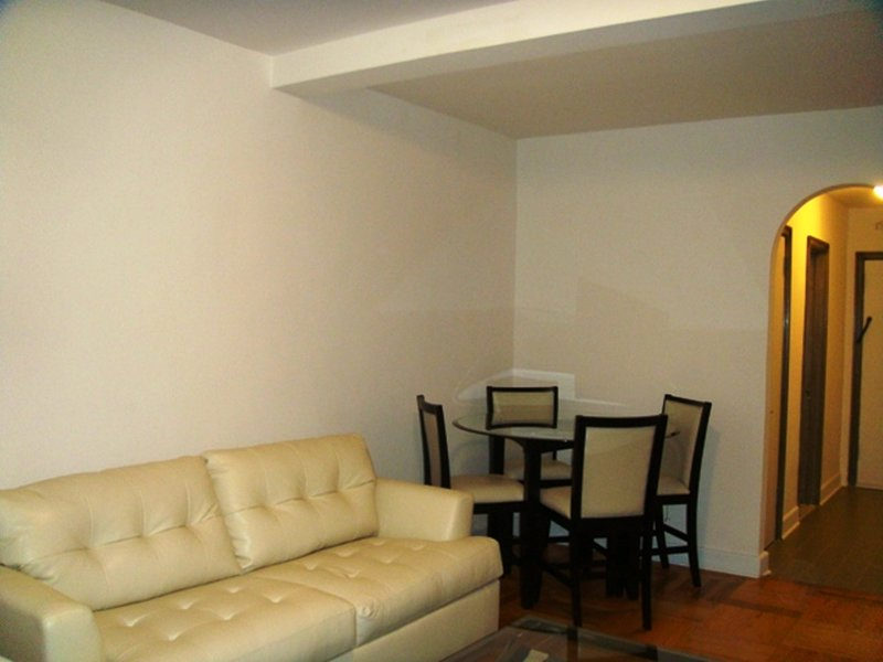 903-HI-RISE MIDTOWN EAST STUDIO WITH GYM Has Cable/satellite