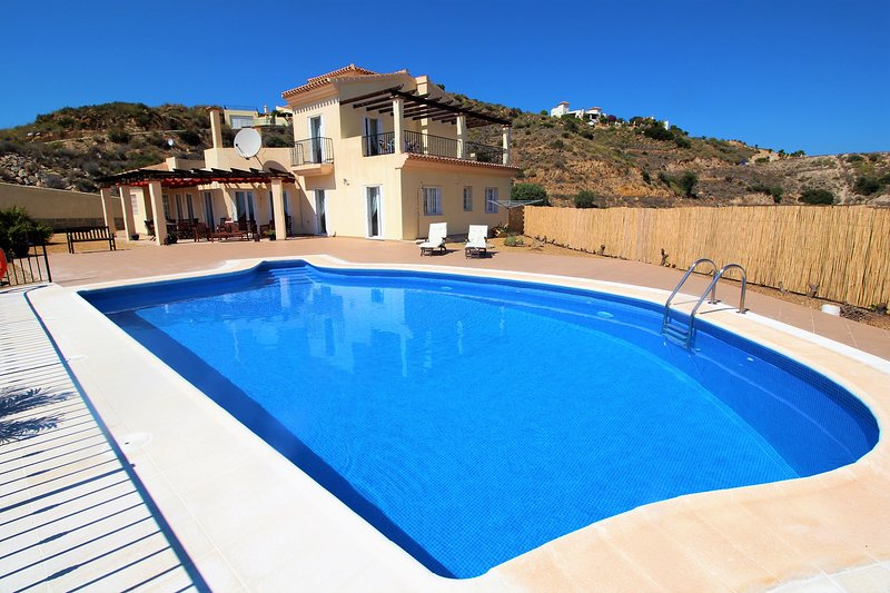 Villa Pikorua, Bedar, holiday rental in Arboleas