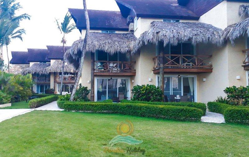 Las Olas Luxury Villas Paradise Holiday LT, holiday rental in Los Robalos