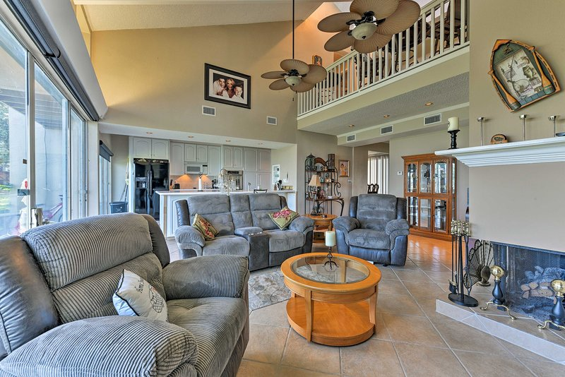 The vacation rental unit includes 1,600 square feet with 2 bedrooms & 2.5 baths.