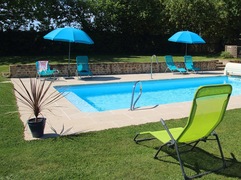 Le Hutereau - Chenin - Heated swimming pool, holiday rental in Colombiers-du-Plessis