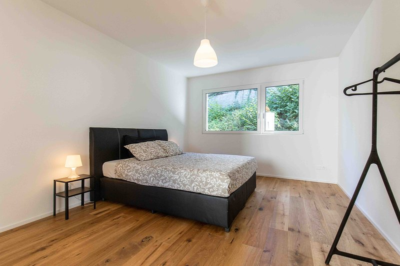 TOP Modern Serviced Apartment by Good Night Apartments Basel, vacation rental in Leymen