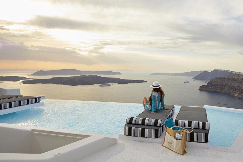 Alti Santorini Suites (Sugarmoon Suite), vakantiewoning in Athinios
