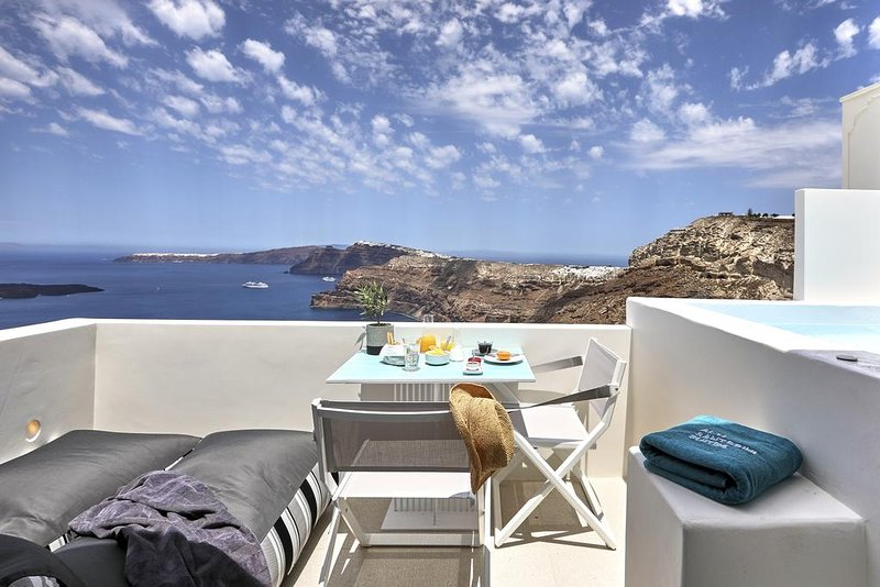 Alti Santorini Suites (Deck Suite), location de vacances à Megalochori