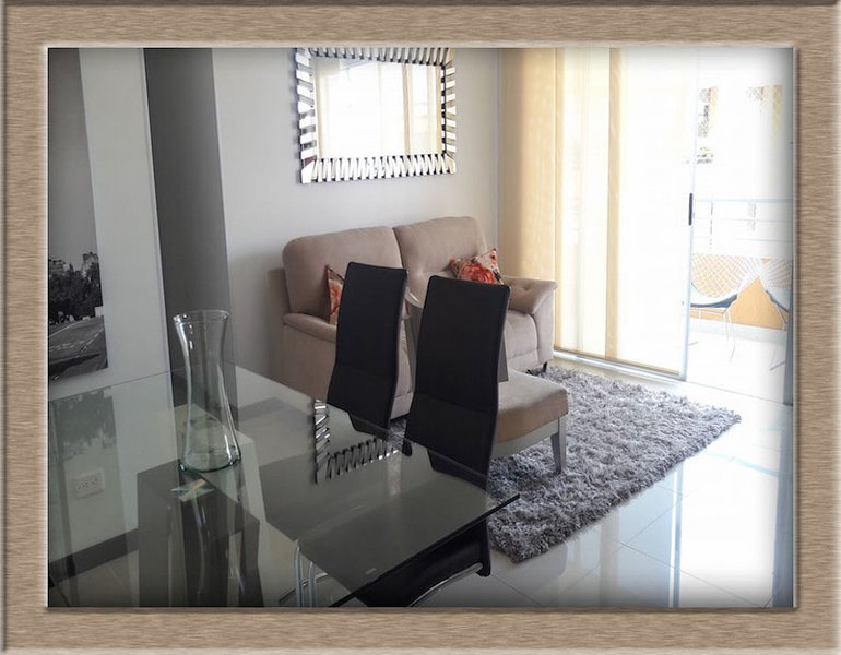LUXURIOUS APARTMENT NEAR CHIPICHAPE SHOPPING(1221), holiday rental in Valle del Cauca Department