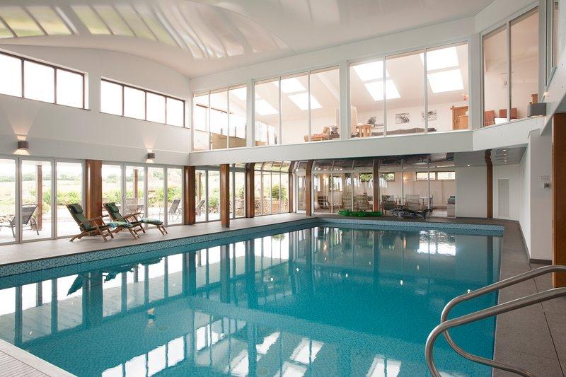 14 x 7m pool - temperature 29-30 degrees