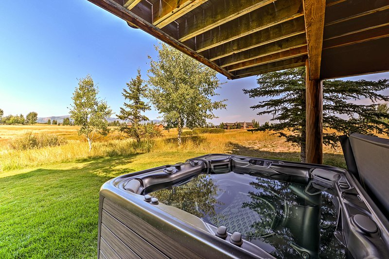 On-site, there's a fantastic shared hot tub!