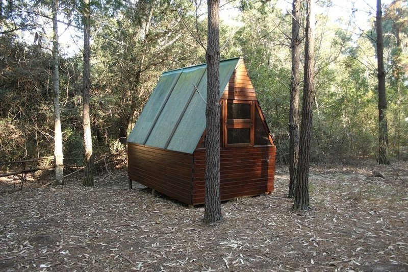 Cabin 4 (Aum),Pachamama Forest Retreat., vacation rental in Rheenendal