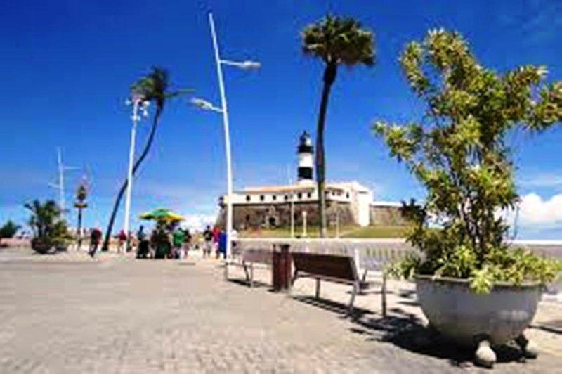 Promenade du phare de Barra